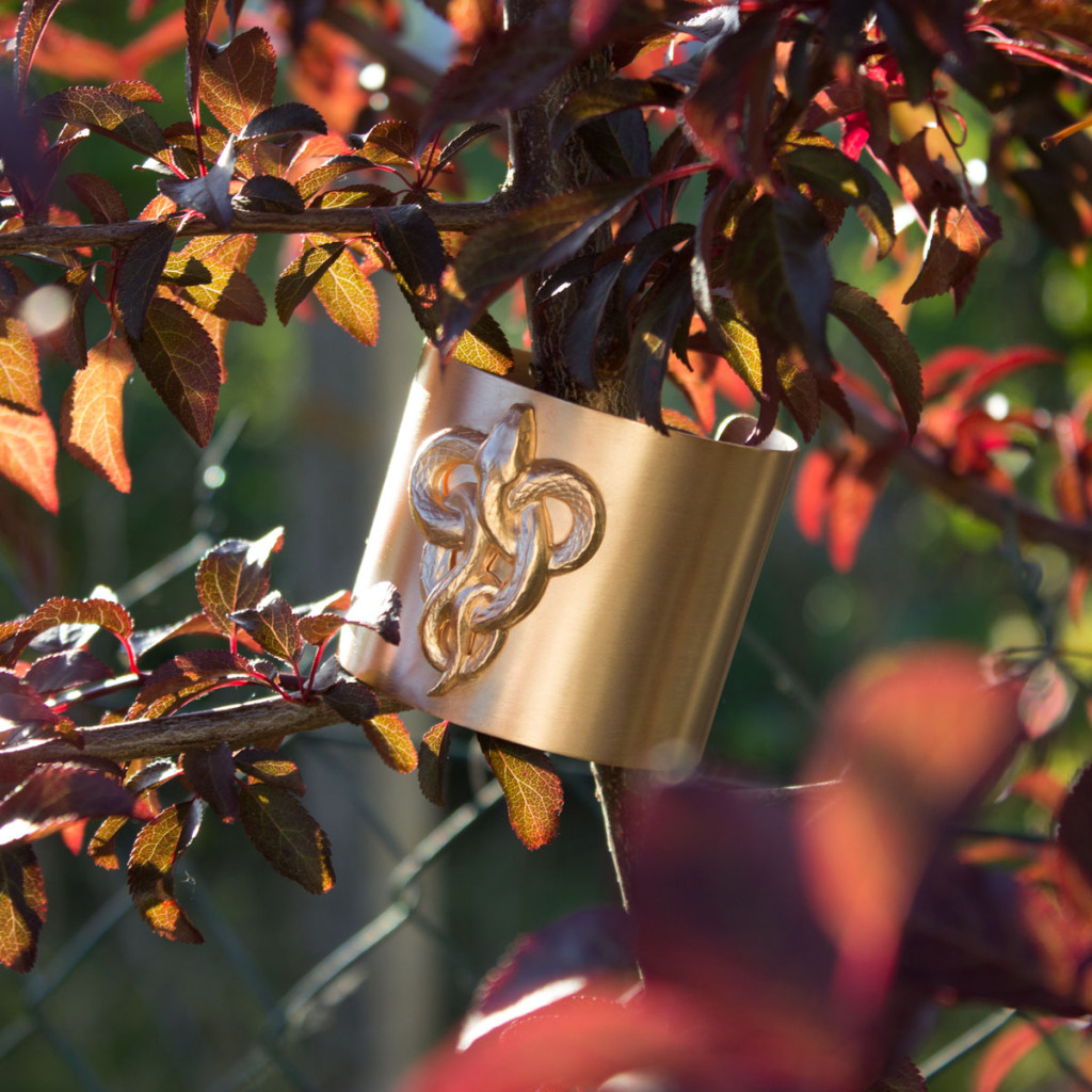 Bijoux vintage Manchette serpents dorée à l'or rose